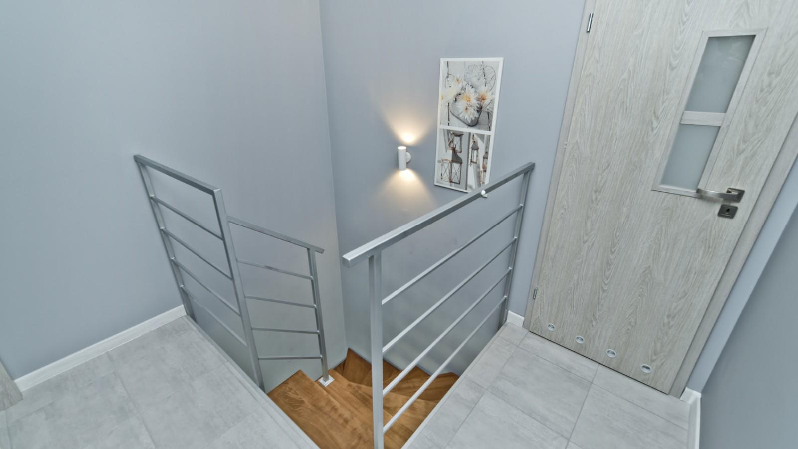 Domek apartamentowy Gray