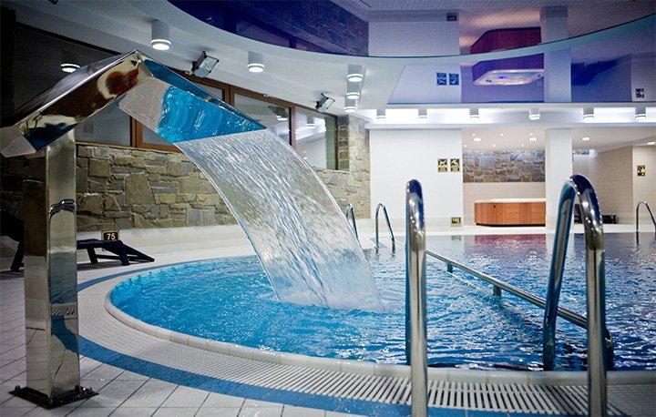 Apartamenty Maloves - Strefa relaksu to kryte baseny, jacuzzi i zabiegi SPA